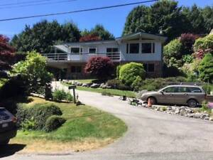 Entire House for Rent in West Vancouver