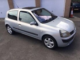 2003 03 Renault Clio dynamic 1.2 cc MOT 2017 outstanding condition inside and out very cheap to run