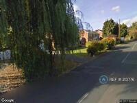 5 bedroom house in Blackpond Lane, Farnham Common, SL2 (5 bed)