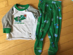 Boys clothes lot - 12 months  Kitchener / Waterloo Kitchener Area image 5