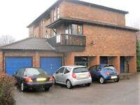 1 bedroom flat in Courtney Park Road, Basildon, SS16