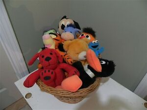 11 Stuffed Animals (Daffy Duck, Mickey Mouse,Tweety Bird, etc.)