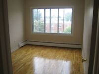 1 bedroom, Lasalle, great location, all amenities,