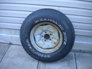 One 265/70/17 tire on Steel Rim
