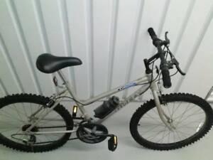 "Huffy 26"" Trail Runner Mountain Bike"