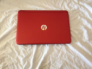 Neuf Ordinateur portable HP 8gb ram 15,6 A-8 touchscreen