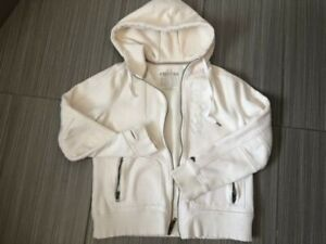 Ladies ROOTS hoodie - NEW CONDITION ad9b2e260a5d