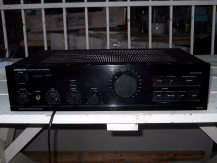 Onkyo A-8130 Stereo Amplifier Very Good Conditions.