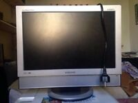 "16"" Flat Screen TV for ONLY £15!!"