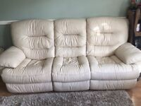 Excellent condition 3 seater leather recliner FREE DELIVERY