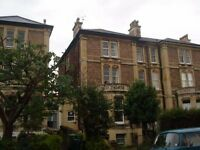 Stunning 3 bed part furnished flat, located on Beaufort Road