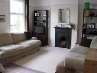 3 Double bed flat, large lounge/diner, large kitchen w/dishwasher, newly refurbished £2100 inc bills