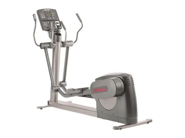 Features of the 95Xi Life Fitness Cross Trainer