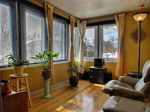 Best of the best Location Duplex in HULL! With Income!! Gatineau Ottawa / Gatineau Area image 8