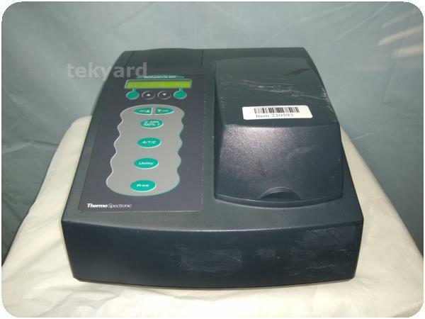 THERMO SPECTRONIC 4001/4  GENESYS 2 SPECTROPHOTOMETER ! (230593)
