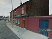 2 bedroom flat in Bridge Road, Litherland, Liverpool, L21 (2 bed) (#926935)