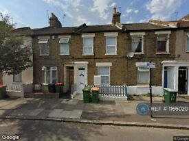 4 bedroom house in Exning Road, Canning Town, E16 (4 bed) (#1166020)