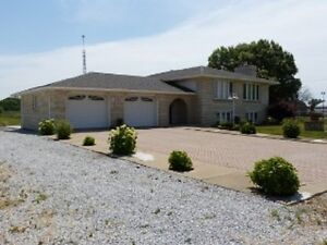 3400 SQ FT RAISED RANCH ON 3.83 ACRES 769.000  NEW price