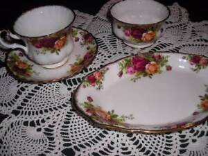 ROYAL ALBERT Fine China OLD COUNTRY ROSE