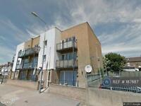 2 bedroom flat in Newham Way, London, E6 (2 bed)