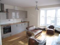 VERY MODERN, ONE BEDROOM FLAT TO RENT, CLARENCE SQUARE, BRIGHTON, FURNISHED