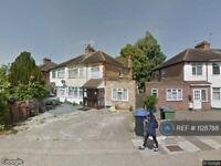 1 bedroom flat in Station Crescent, Wembley, HA0 (1 bed) (#1128788)