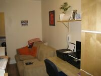 1 bedroom flat in New Oak Road, London
