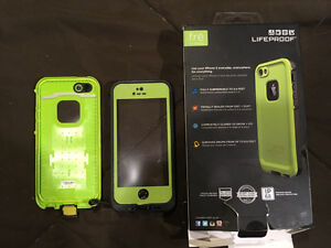 Lifeproof case iPhone 5S or 6 SE