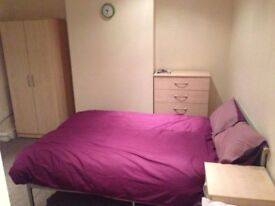 Rooms to rent around Ipswich from £75p.w and studios with and without own bathroom