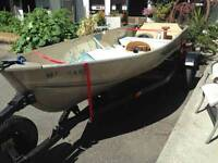 Excellent lightweight Boat trailer holds up to 16ft boats
