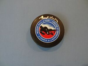 GUMP WORSLEY Signed Montreal Canadiens HOF Puck Authenticated