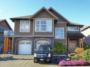 Stunning ocean view home for sale in Campbell River