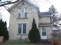 3 bed, 2 bath home in Wingham offers lots of room for any family