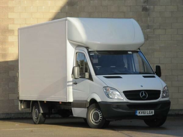 4f62bf2533 ... LUTON VAN HIRE 7.5 TONNE LORRY TRUCK REMOVALS SERVICE WITH A DRIVER AND  MAN MOVERS. Hornsey