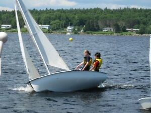 Lahave River Yacht Club Youth Learn  To Sail