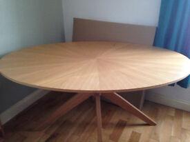 Table £40 O.N.O