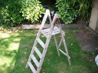 Painter/Decorators Step Ladder (wood)