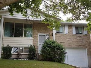 420 Lakeview Dr, Wat.-Furnished 1-Bedroom-close to University