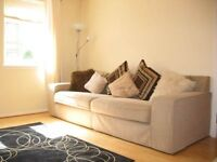 Spacious furnished 2 bed flat in Fountainbridge, short term - ideal for Napier students