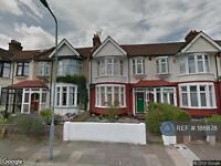 2 bedroom flat in Cowley, Ilford, IG1 (2 bed)