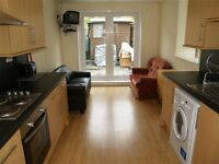 4 Bed student house within easy walking distance of the Plymouth University