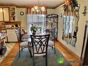Brick Bungalow,  Ingleside Village, Motivated to sell Cornwall Ontario image 7
