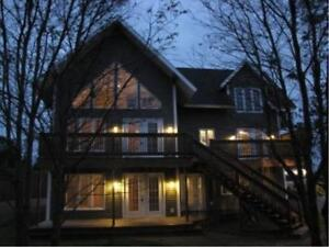 HOUSE FOR SALE WITH APARTMENT/GUEST HOUSE- DEER LAKE