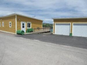 Beautiful Ocean Front Home in Historic Grates Cove, NL