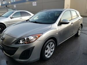 2010  Mazda3 Hatchback NO ACCIDENTS