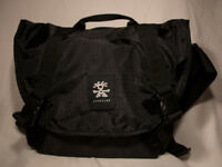 Crumpler Light Delight Photo Sling 6000 Camera Bag