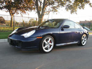 2002 Porsche 911 Coupe (2 door)