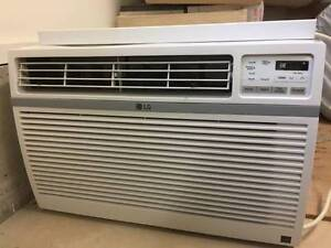 LG Air Conditioner 15,000 BTU - Like New
