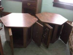*****3 PIECE COFFEE AND 2 END TABLES*****