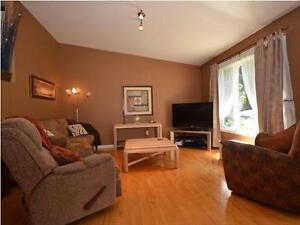 3 Bedroom Bungalow in St-Lazare West Island Greater Montréal image 3